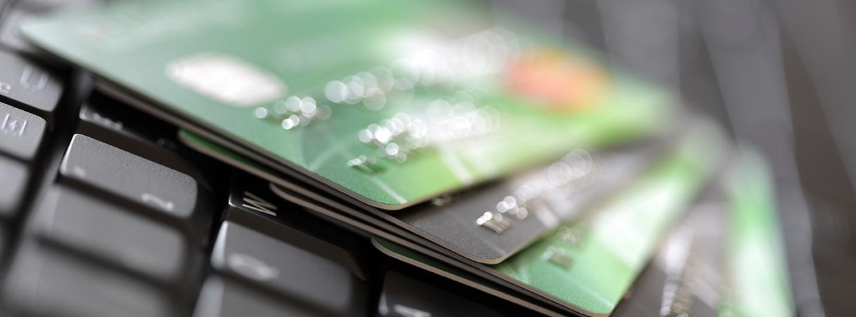 Dinero electrónico: amplio acceso a servicios financieros